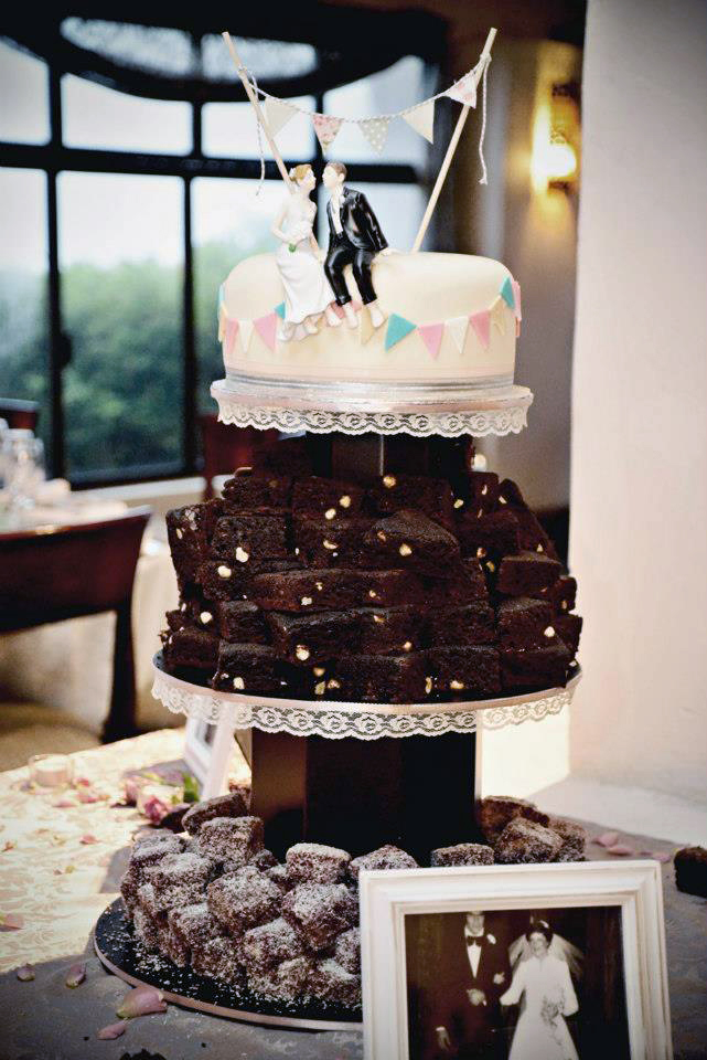 Triple-layer Wedding Cake with Carrot Cake, Brownies and Lamingtons