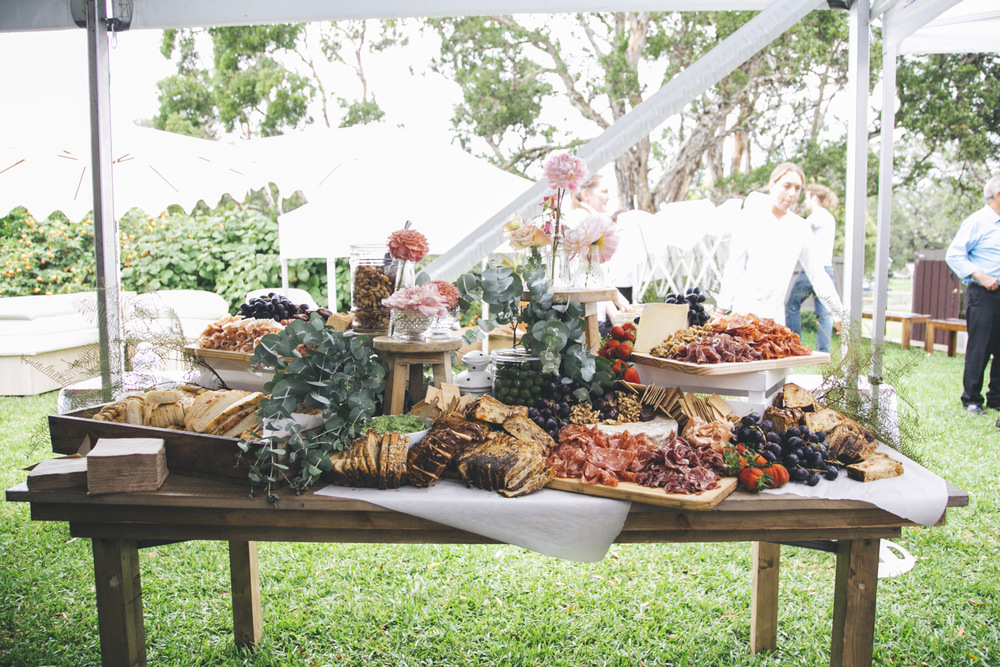 Trends In Wedding Day Buffets That You Need On Your Big Day: 15 Fun Food Station Ideas That Will Wet Your Appetite