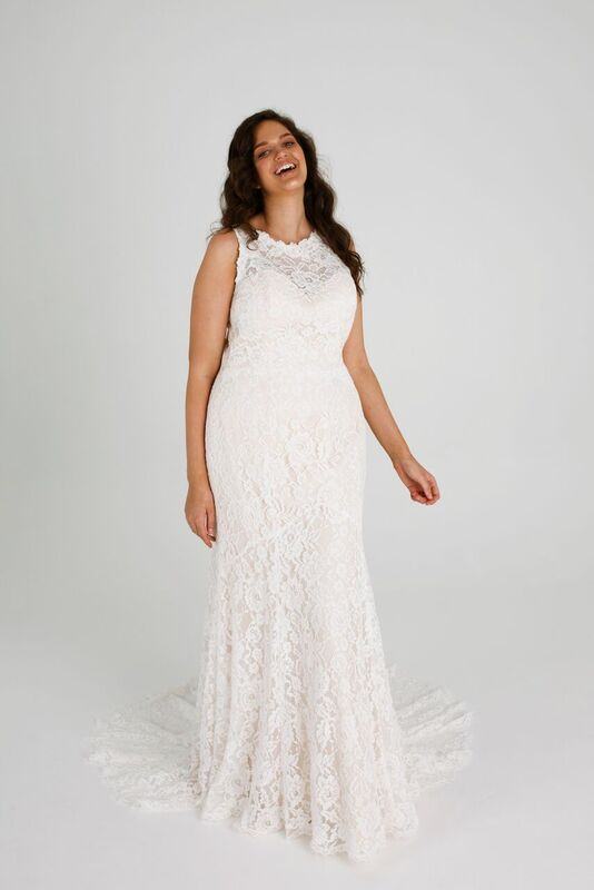 How To Find The Perfect Plus-Size Wedding Dress - Wedded ...