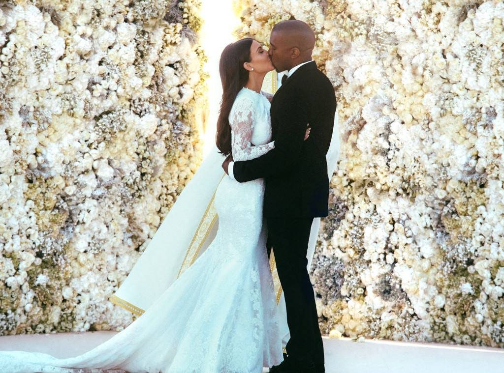 The 10 Most Expensive Wedding Dresses Of All Time Wedded Wonderland